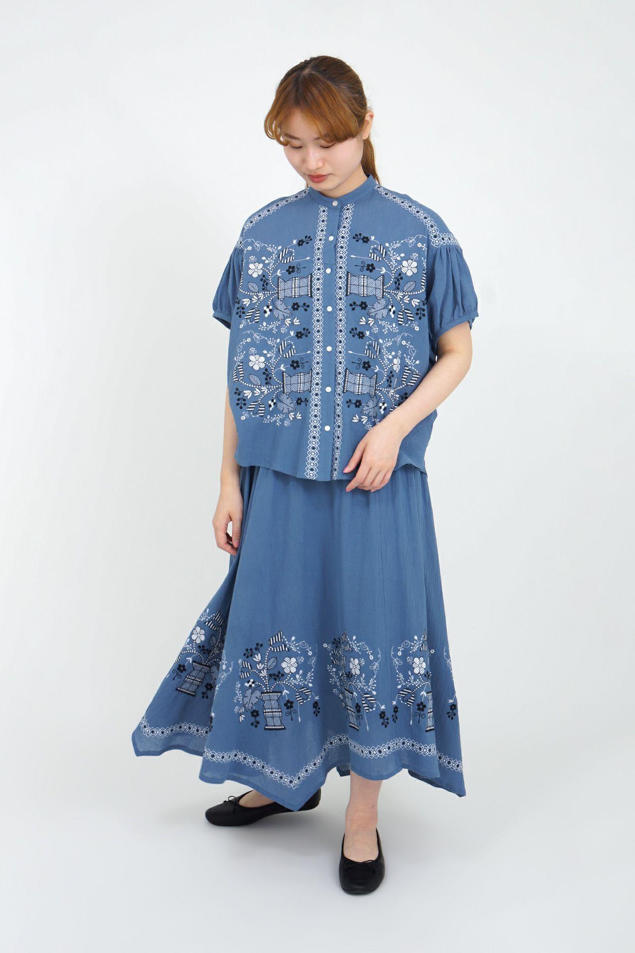 BLUE/model:165cm